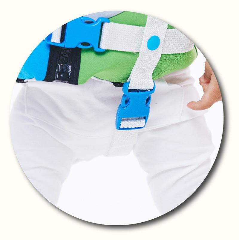 Best Infant Life Vest-Side-Hip